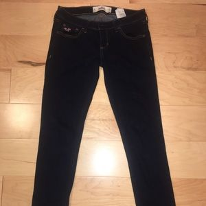 (2 pairs) Hollister Jeans - Low-rise 3R